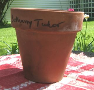 3 RED CLAY FLOWER POTS from Tasha Tudor